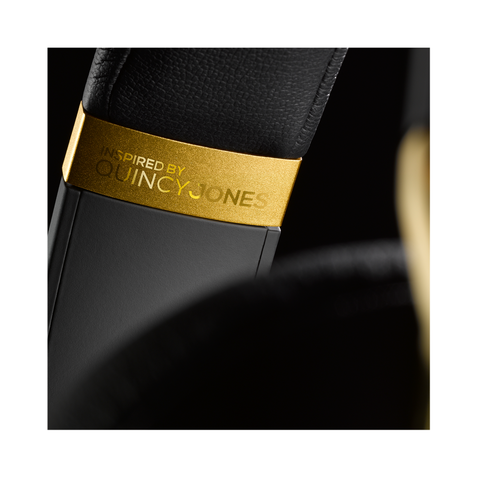 N90Q - Gold - Reference class auto-calibrating noise-cancelling headphones - Detailshot 13